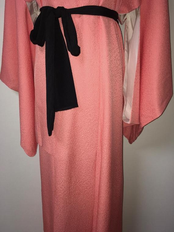 Vintage kimono - Coral pink, Chirimen silk, 80s - image 3