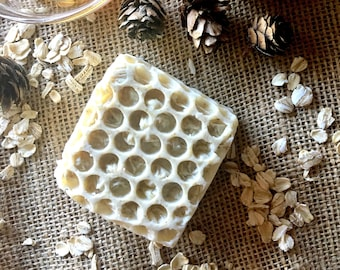 Honey oats soap, exfoliating soap, rustic decorative soap, honeysuckle scent, gift for mom, gift for gf, christmas gift