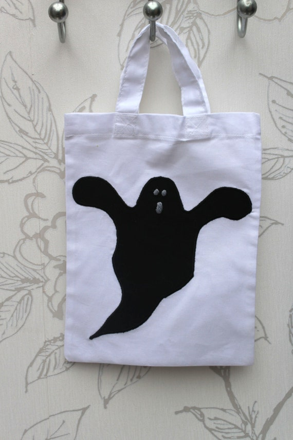 0b27a2e321 Ghost Applique Goody Bag Halloween Trick or Treat Bag Ghost