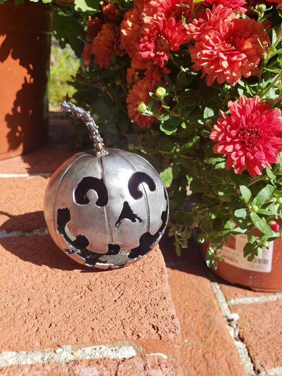 Collectible Gift - Handmade Pumpkin- Halloween Art - Expressionist - Happy Pumpkin -  by 2ndchancemetalart - 3 inch - Benjamin style -