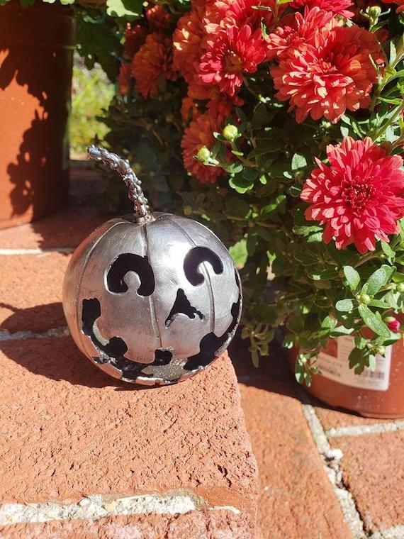 Collectible Gift - Handmade Pumpkin- Halloween Art - Expressionist - Happy Pumpkin -  by 2ndchancemetalart - 3 inch - Benjamin style -