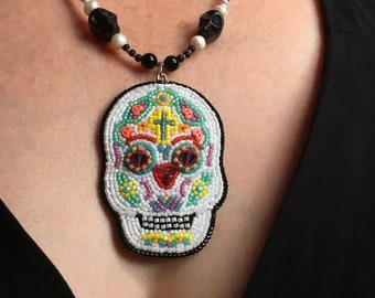 Sugar Skull Pendant, Hand Beaded Candy Skull Statement Necklace, Swarovski Crystal Eyes, Bead Embroidery Day of the Dead, Dia De Los Muertos