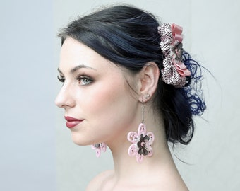 PINK - Lolita style Earrings. Perfect for My Sweet Sixteen Party, Prom Party or to just dress up!