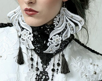 VICTORIA - Statement earrings. couture, lace earrings, victorian jewellery, white earrings, floral earrings