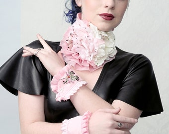 LOTTA LOVE - Couture collar & cuffs