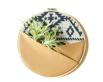 THE HOOPLA, LARGE, Hanging Wall Organizer, Air Plant Holder, Air Planter Hanger, Wall Pocket,  Leather Pouch, Stuff Holder, iPod holder,