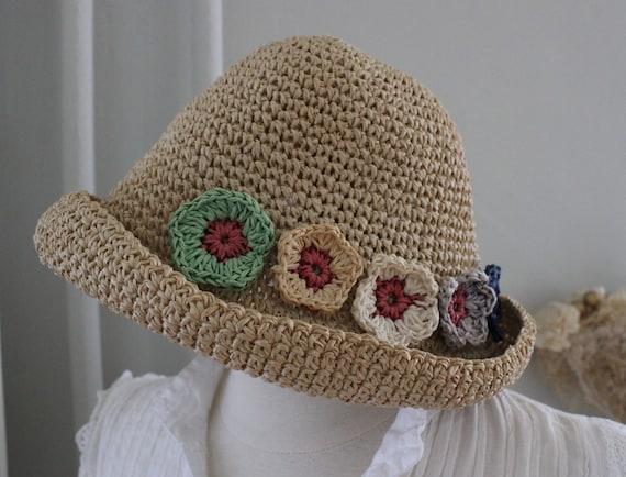 Vintage 90s Natural Straw Flower Summer Hat - image 1
