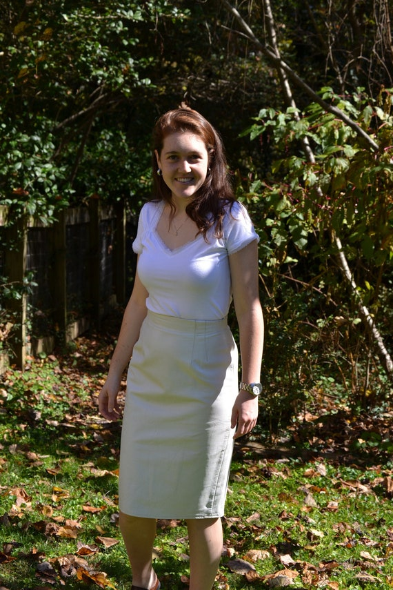 fabulous vintage 1980s white leather pencil skirt