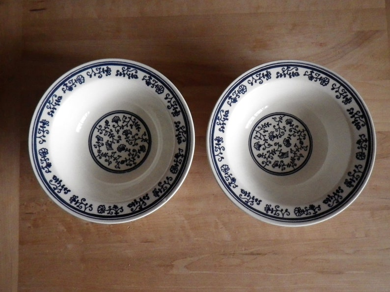 2 Soup Bowls Homer Laughlin Blue Vines and Flowers Pattern Cereal Dish 7 inch Made in USA J-81 Navy Azul Cobalt Dinner Ware Replacement Pair