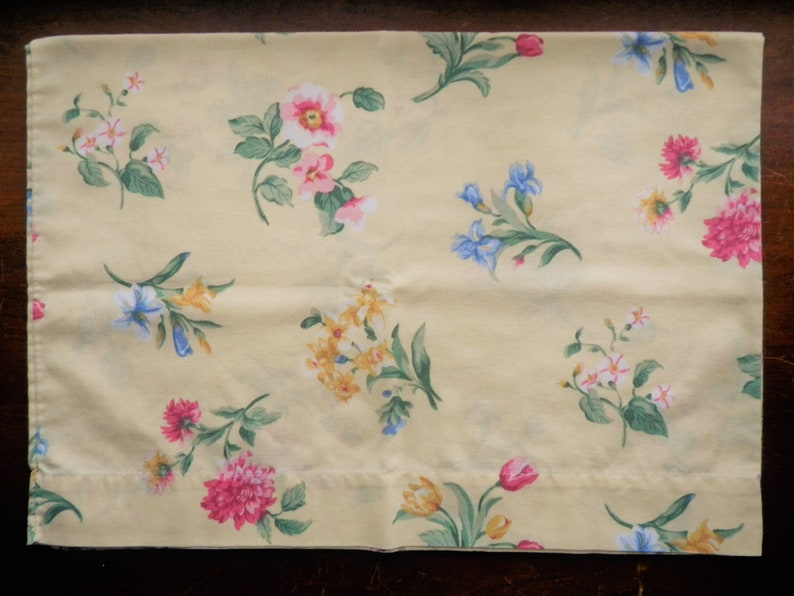 Vintage Pillowcase Yellow Multi Floral Standard Size Flowers Iris Tulips Peony Daffodil Vintage Bed Linens Percale Sunny Summer Farmhouse