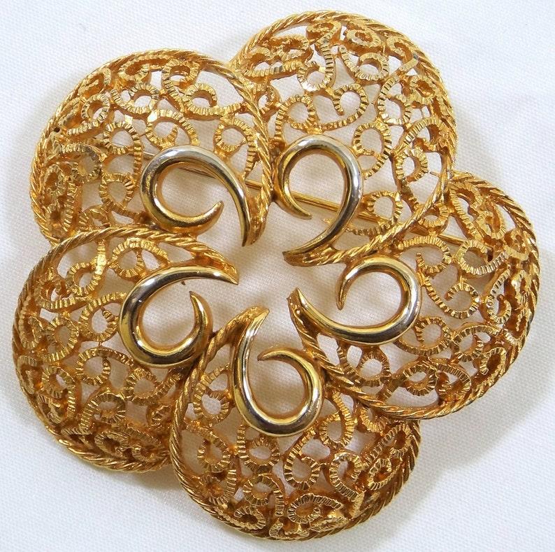 Gold Tone Filigree Brooch