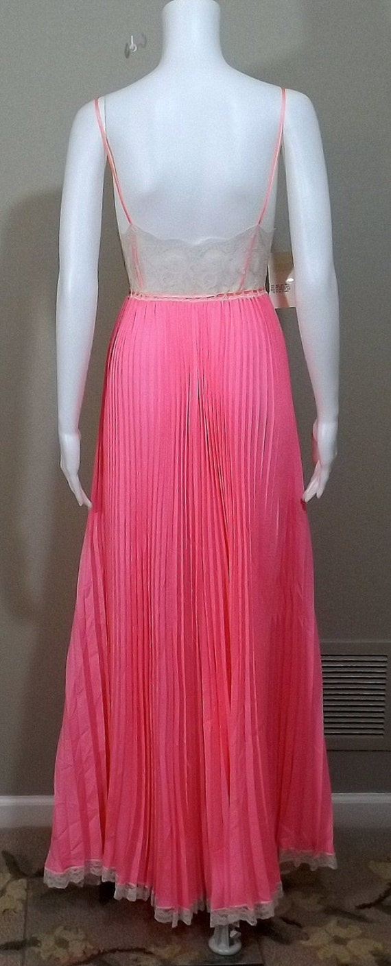 Claire Sandra by LUCIE ANN Salmon Pink Accordion … - image 3