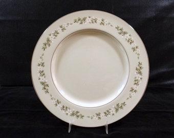 LENOX Dinner Plates Brookdale Pattern Platinum Trim