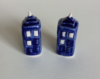 Wee Porcelain TARDIS for Teacup Garden or Terrarium