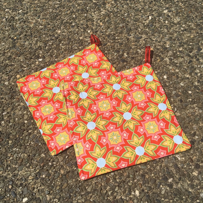 Two Pot Holders  Riley Blake Geometric Pattern on Red with image 0