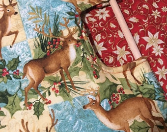 Insulated Casserole Carrier - Festive Deer CHRISTMAS WINTER -- Best Hostess Gift on LIVE with Kelly and Michael Website and TheNest.com