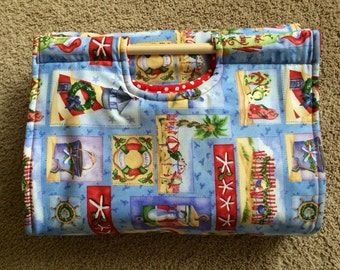 Insulated Casserole Carrier Seaside Christmas, Personalization Available