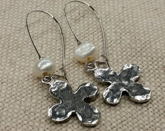Special - free shipping Earrings Pewter Cross with Pearls.