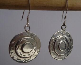 Silver .925 disk earrings.