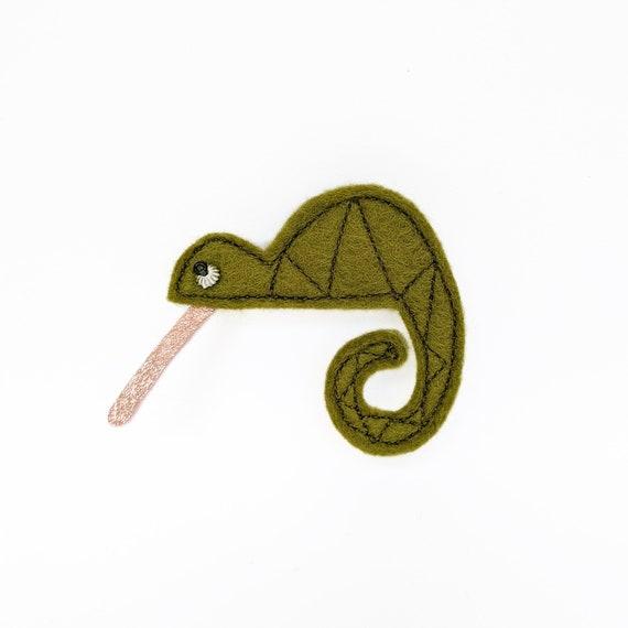 chameleon felt brooch glitter tongue