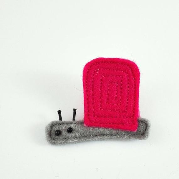 funny pink snail brooch made in felt