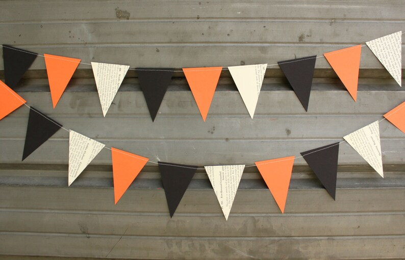 Halloween Bunting Party Decorations Paper Garland  6 feet image 0