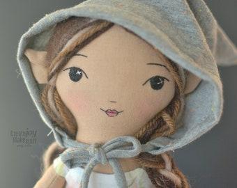 "Jana ~ 14"" tissu poupée - tissu de poupée - héritage - chiffon à la main - elfe"