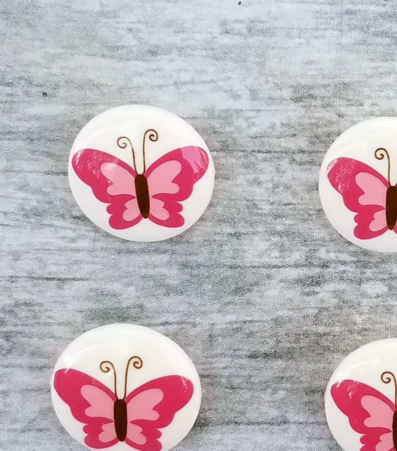 set of 6 plastic novelty shank buttons pink butterfly buttons fun vintage style butterfly buttons 58 15mm