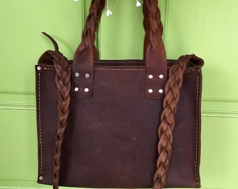 Crisp FALL Sale Leather Zippered Bag* Leather Laptop Bag* Leather Handbag* Leather Market Bag* Handmade in the USA