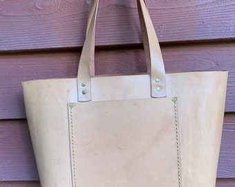 Crisp FALL Sale Large Leather Handbag* Sale* Veg Tanned Leather* Hand Stitched Leather* Handmade in the USA