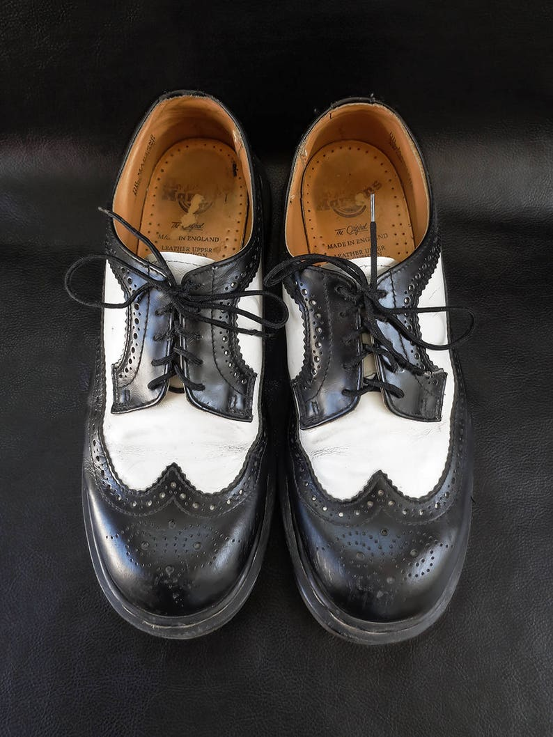 a1f3889ce0b Dr. Martens Oxford shoes, vintage unisex black and white genuine leather  oxfords, UK size 9