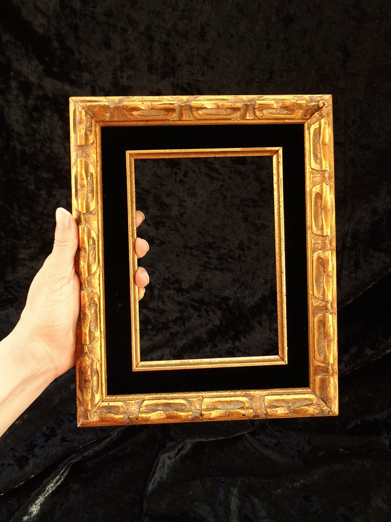 94f4b183141 Wooden picture frame vintage ornate traditional gold and
