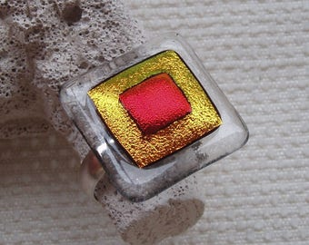 "Ring ""Sun"" in sterling silver and dichroic glass"