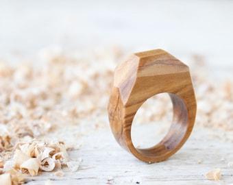 Handmade wood ring for men, wooden ring jewels, olive wood custom ring, men wedding band ring, geometric man ring, natural wood ring