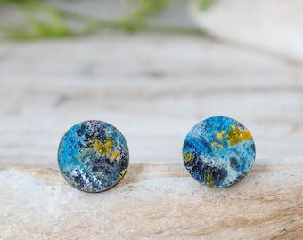 Fake plug earrings, blue mens stud earrings, natural wood fake gauge earrings, tiny stud earrings, round fake plug gauge, handmade earrings