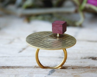 Golden band ring adjustable, wood geometric cube ring, minimal gold rings, rings for women, open ring, adjustable ring for woman handmade