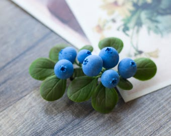 Blueberry brooch -  berry jewelry - forest jewelry - botanical jewelry - leaf brooch - forest jewelry - nature inspired, blue, green