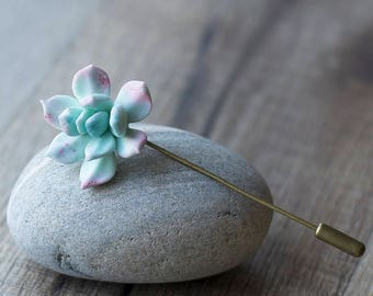 Succulent pin - succulent brooch - plant jewelry - succulent jewelry - terrarium jewelry - botanical brooch - nature inspired jewelry
