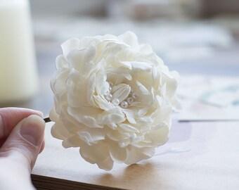 1b006889d Pearl flower hair clip - wedding hair flower - flower bobby pin - off white hair  clip - bridal hair flower - wedding flower for hair