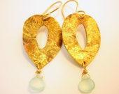 Golden Crust Natural Gemstone 14Kt