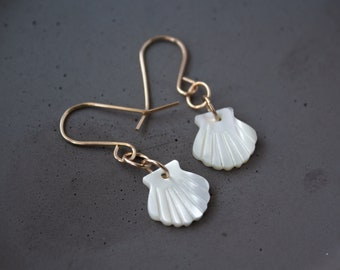 Gold Seashell Earrings, Mother of Pearl Earrings, Clam Shell Earrings, White Sea shell Earrings, Tiny Drop Earrings, Mussel Shell Earrings