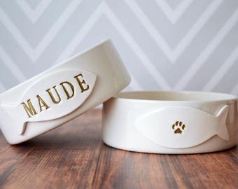 Personalized Cat Bowl, Custom Cat Dish, Cat Gift -  Small/Medium Size - With Name and Paw Print - Ceramic