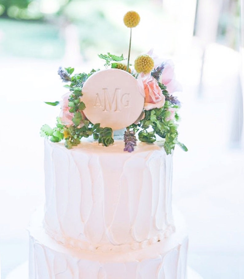 PERSONALIZED Ceramic Modern Wedding Cake Topper image 1