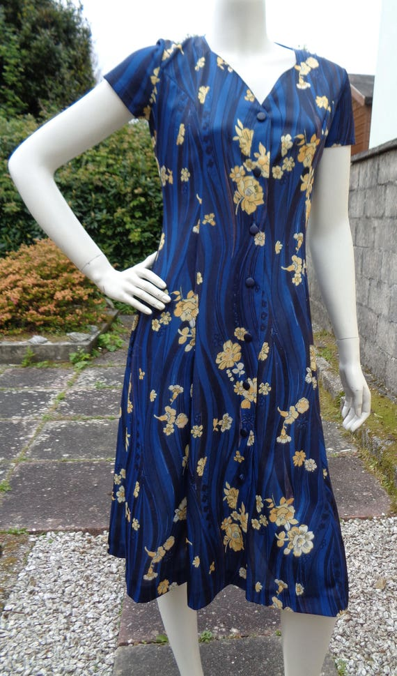 10 UK A vintage summer dress unbranded  Size SM 38 40 EU