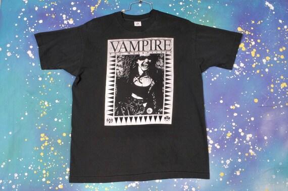 VAMPIRE The Masquerade T-shirt Size XL
