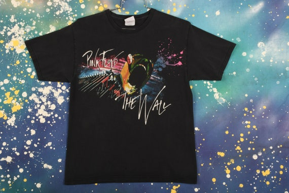 """Vintage Pink Floyd """"The Wall"""" T-Shirt Size M"""