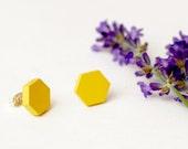 Yellow honeycomb earring ...