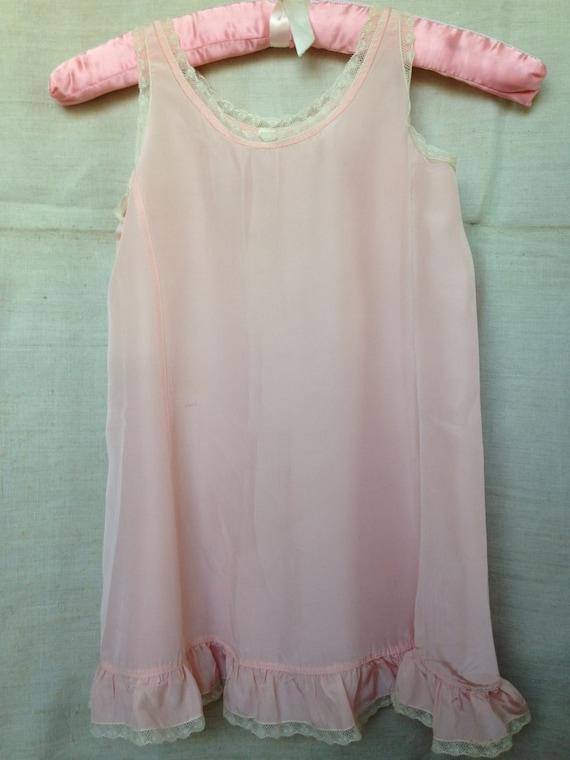 Vintage Girls 1940's pink rayon full slip