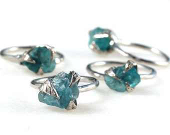 apatite ring, raw apatite, sterling silver, silver ring, raw apatite ring, recycled silver, leaf ring, statement ring, rough