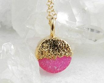 Druzy necklace, Round druzy pendant, Gold necklace, Druzy agate, Dainty , Minimal,  Boho